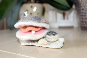 Needle Felted Clam